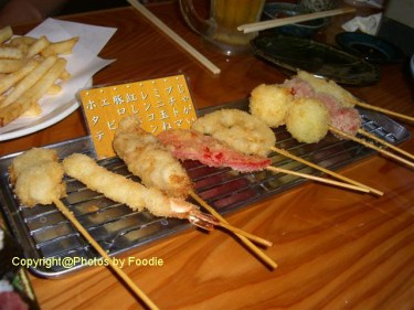 Assorted deep-fried skewers at Uoichi Syouten in Matsudo